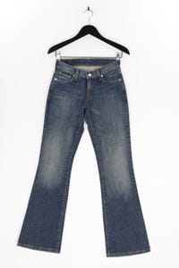 Levi´s - used look flared-jeans mit logo-patch - W27